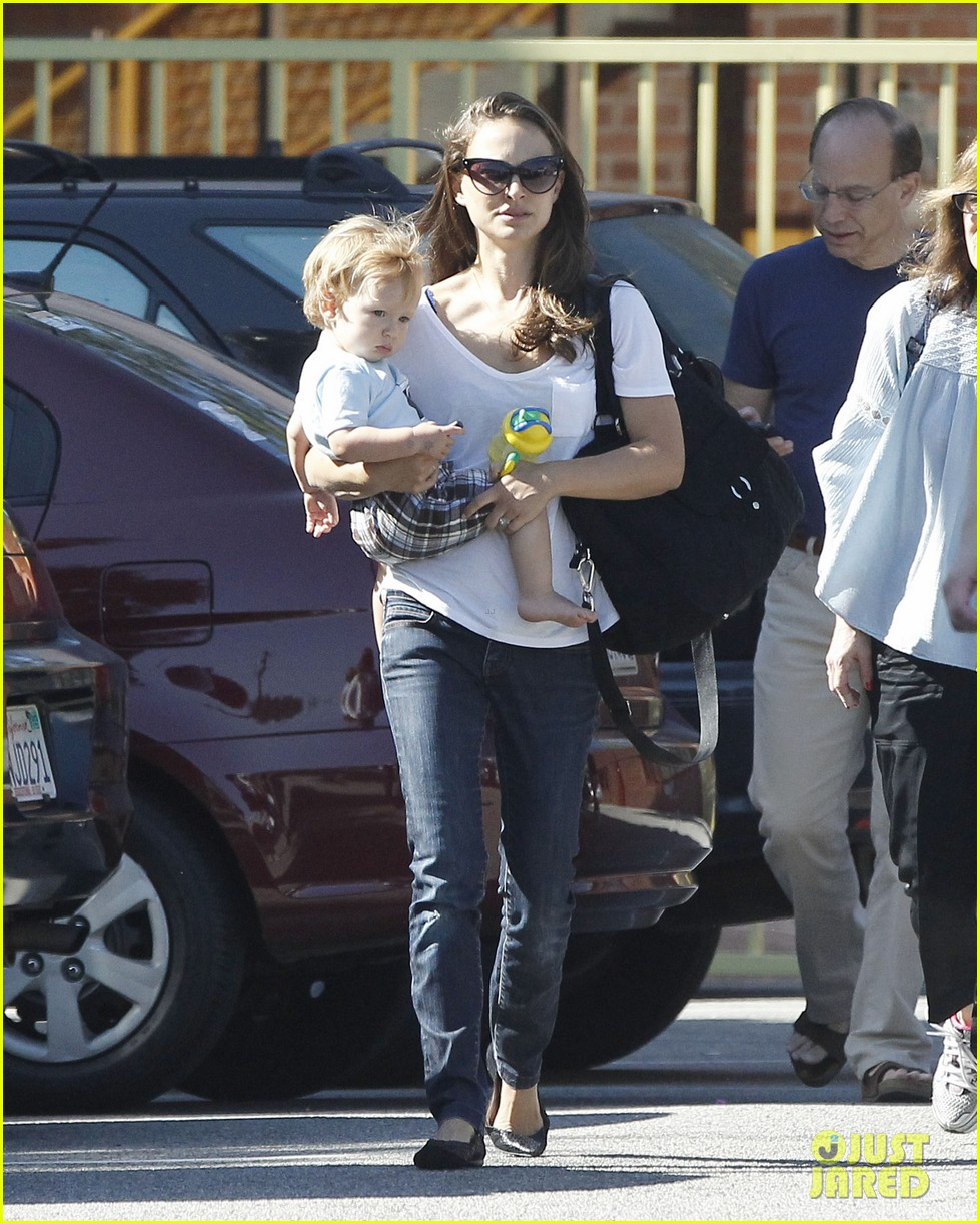 natalie portman quality time with aleph 092725319