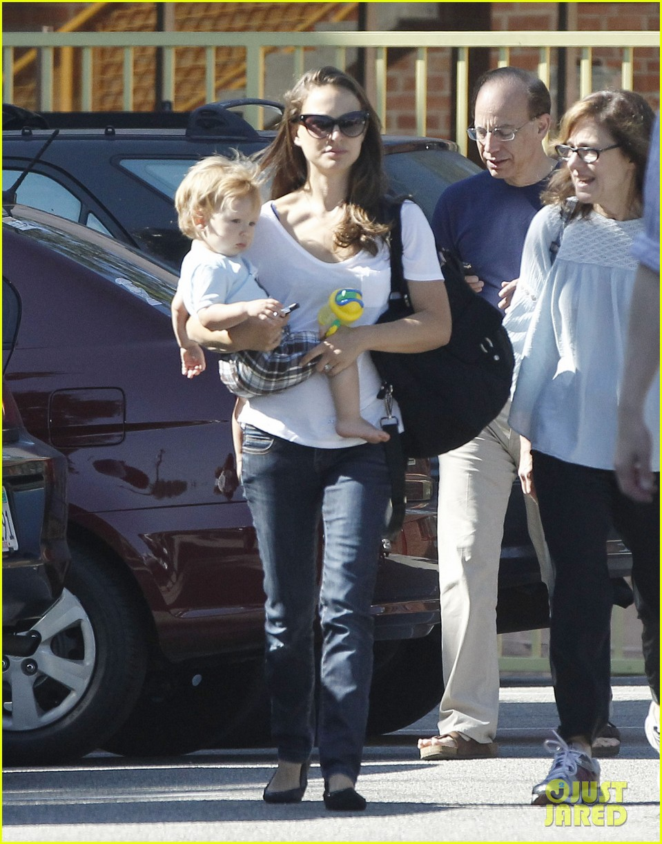 natalie portman quality time with aleph 102725320