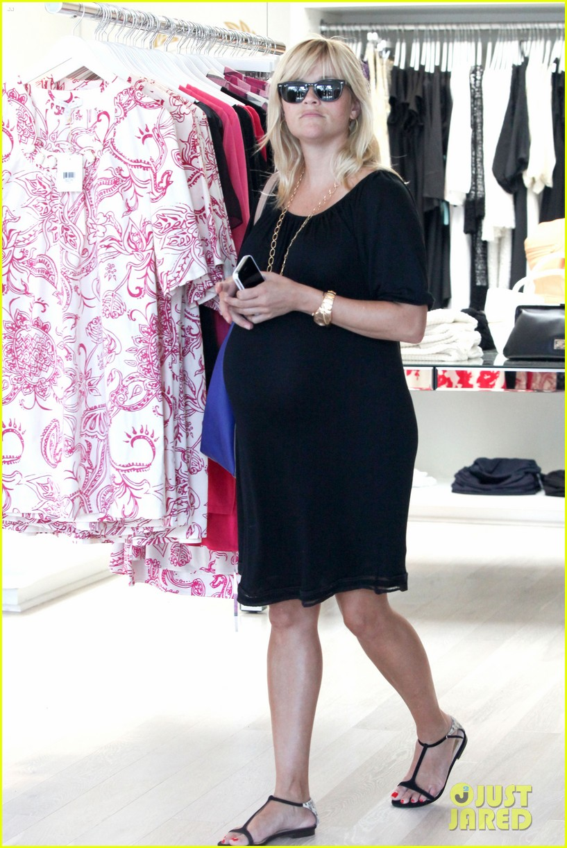 reese witherspoon ice cream shopping 072719081