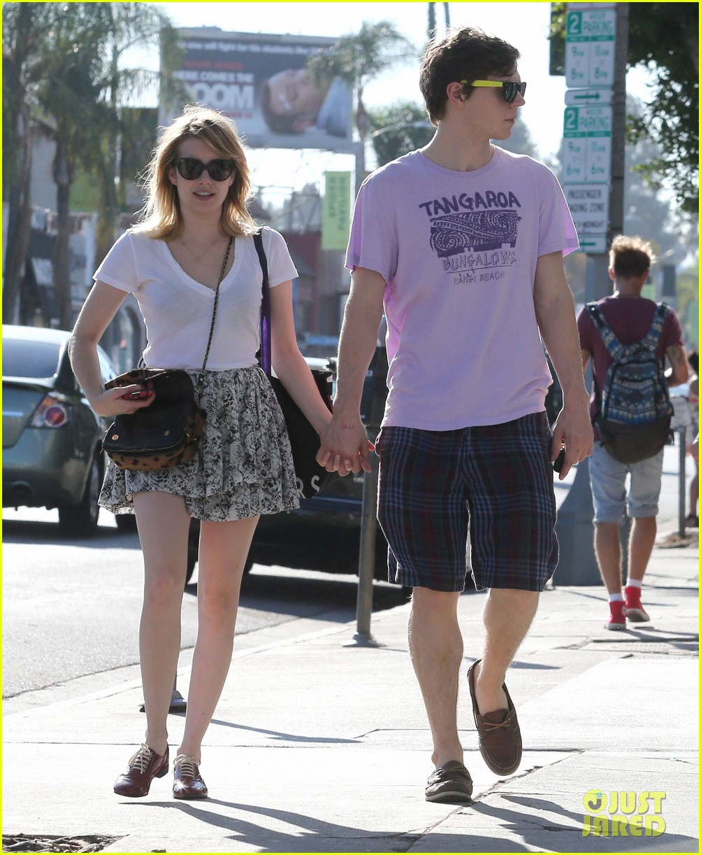 emma roberts evan peters holding hands on melrose 102725518