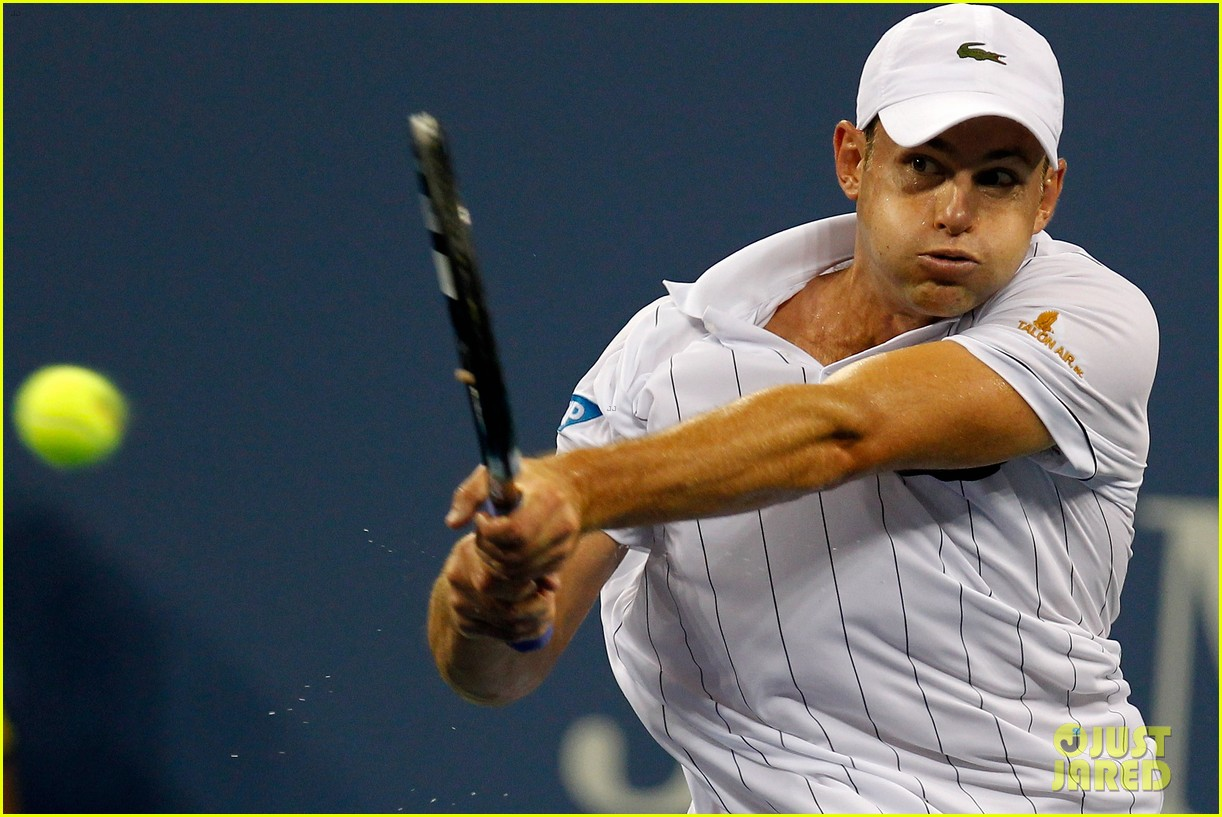 andy roddick plays final tennis match brooklyn decker cries 07
