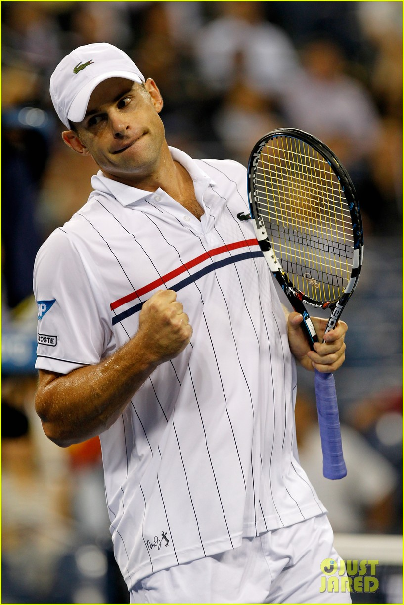 andy roddick plays final tennis match brooklyn decker cries 08