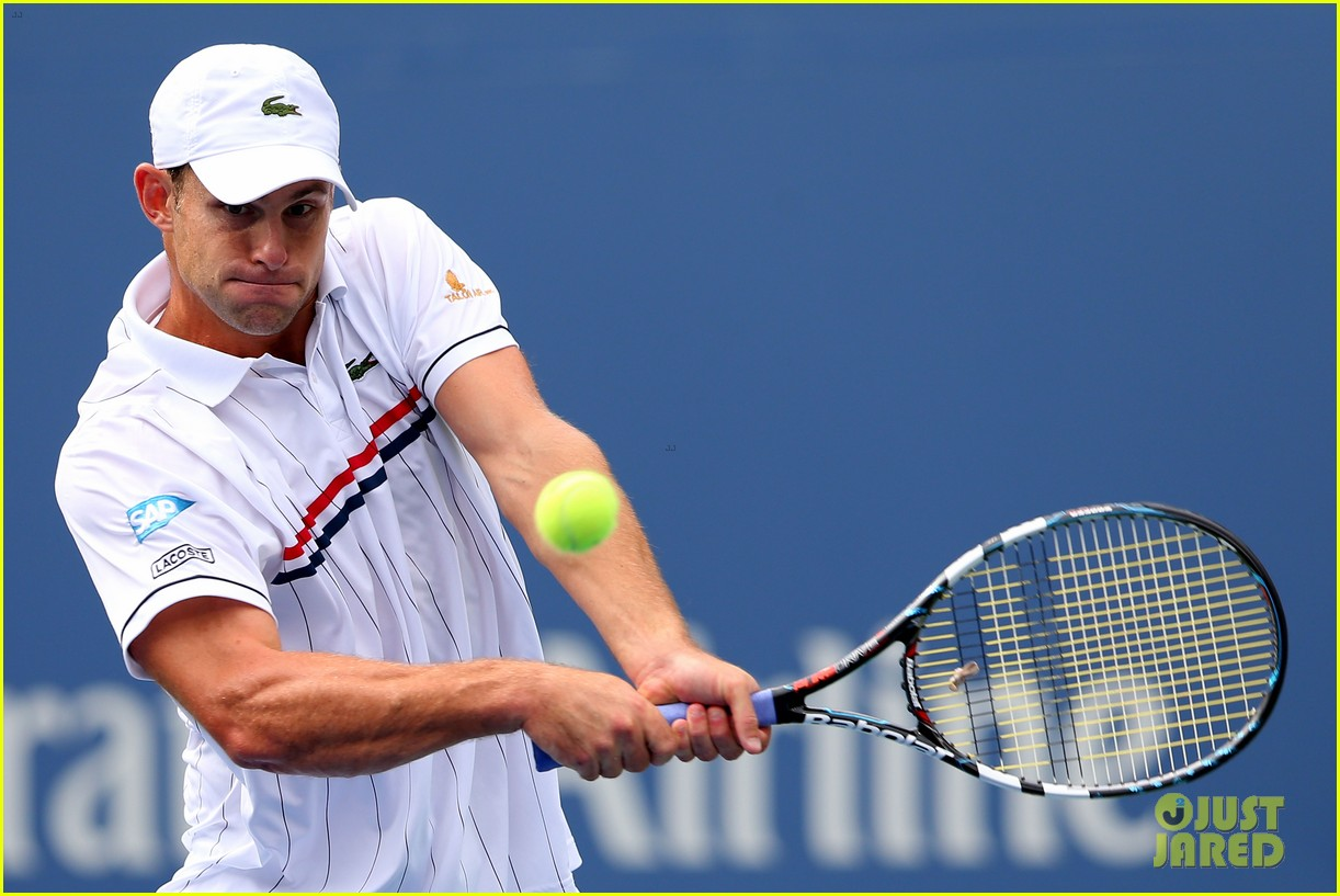 andy roddick plays final tennis match brooklyn decker cries 112714618