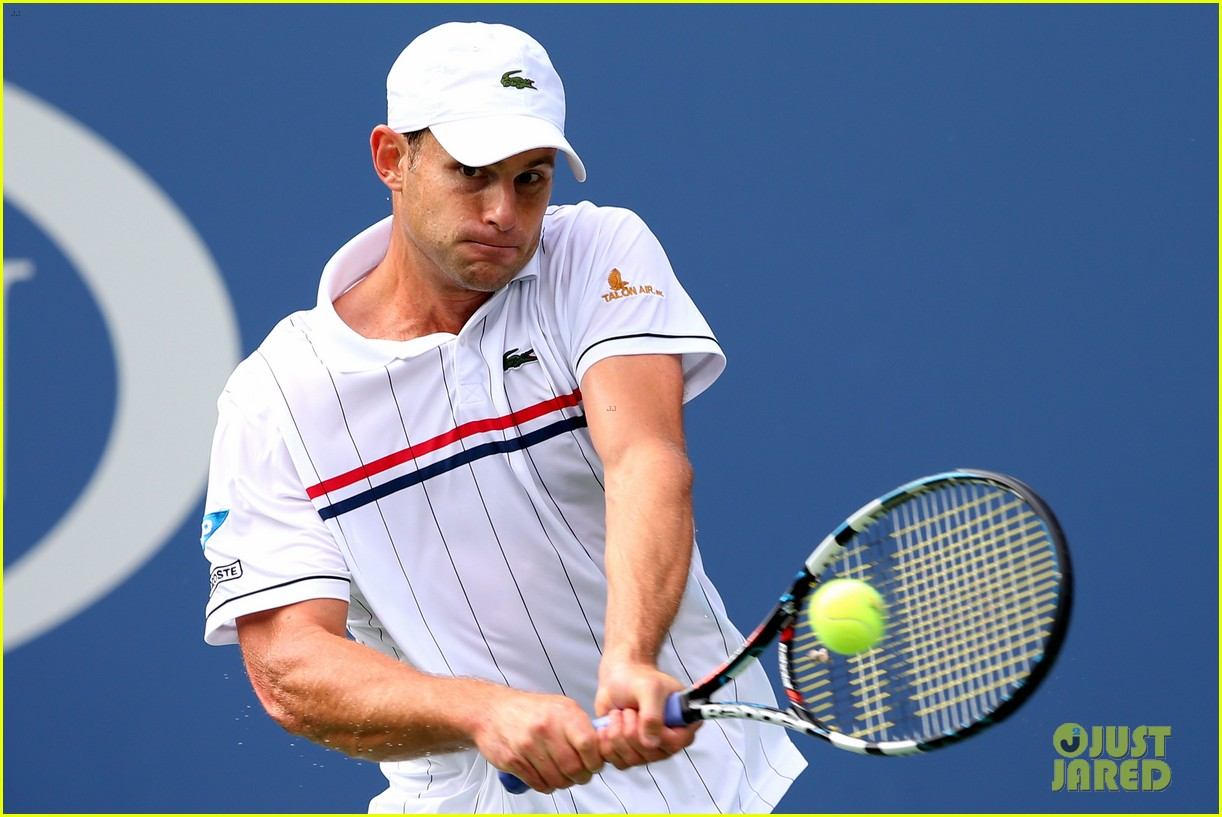 andy roddick plays final tennis match brooklyn decker cries 122714619
