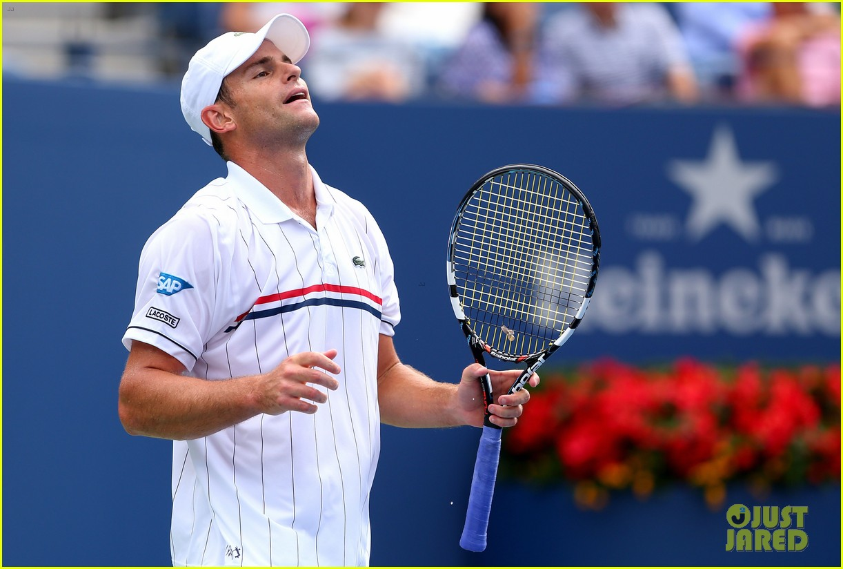 andy roddick plays final tennis match brooklyn decker cries 182714625
