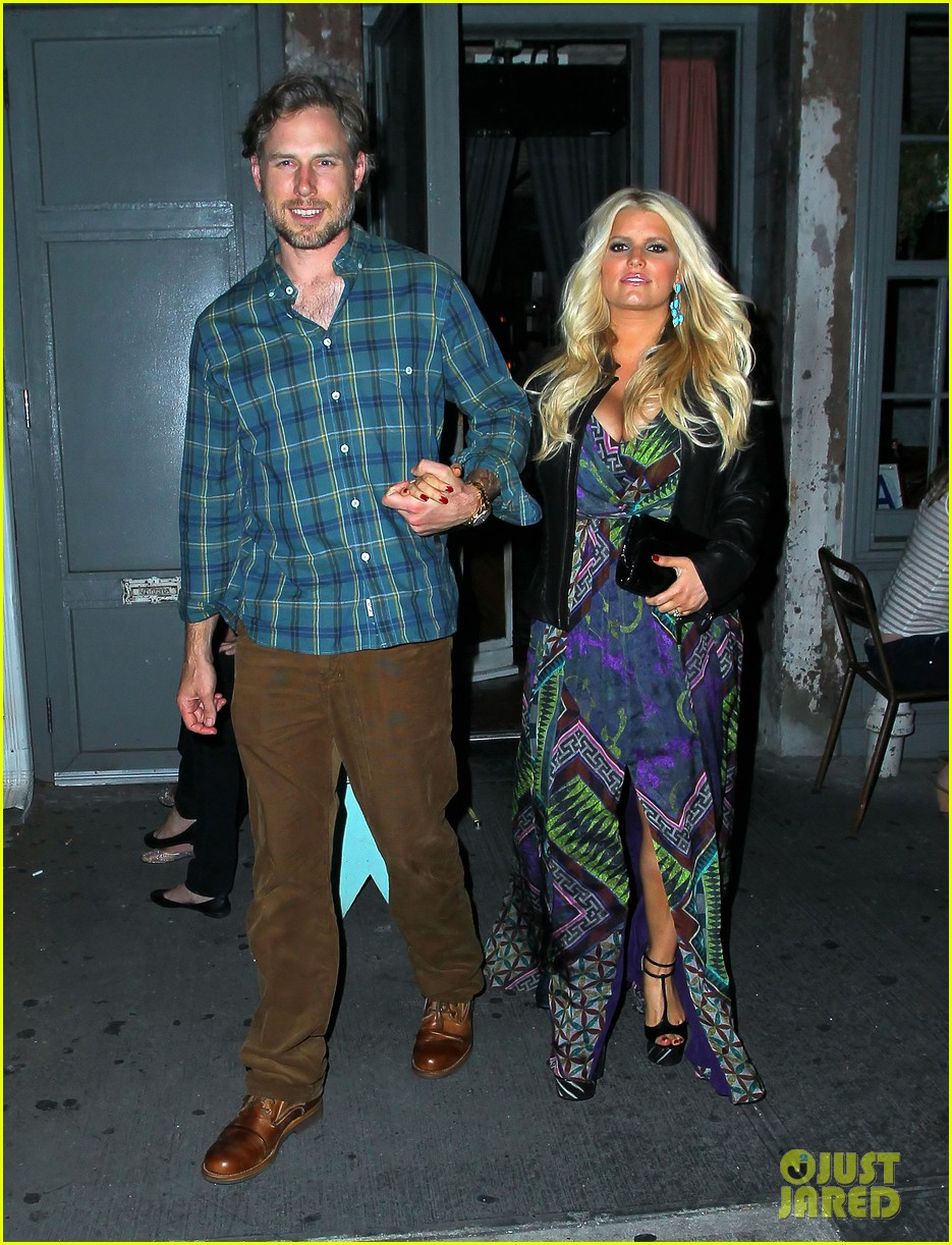 jessica simpson date night eric johnson 032719089