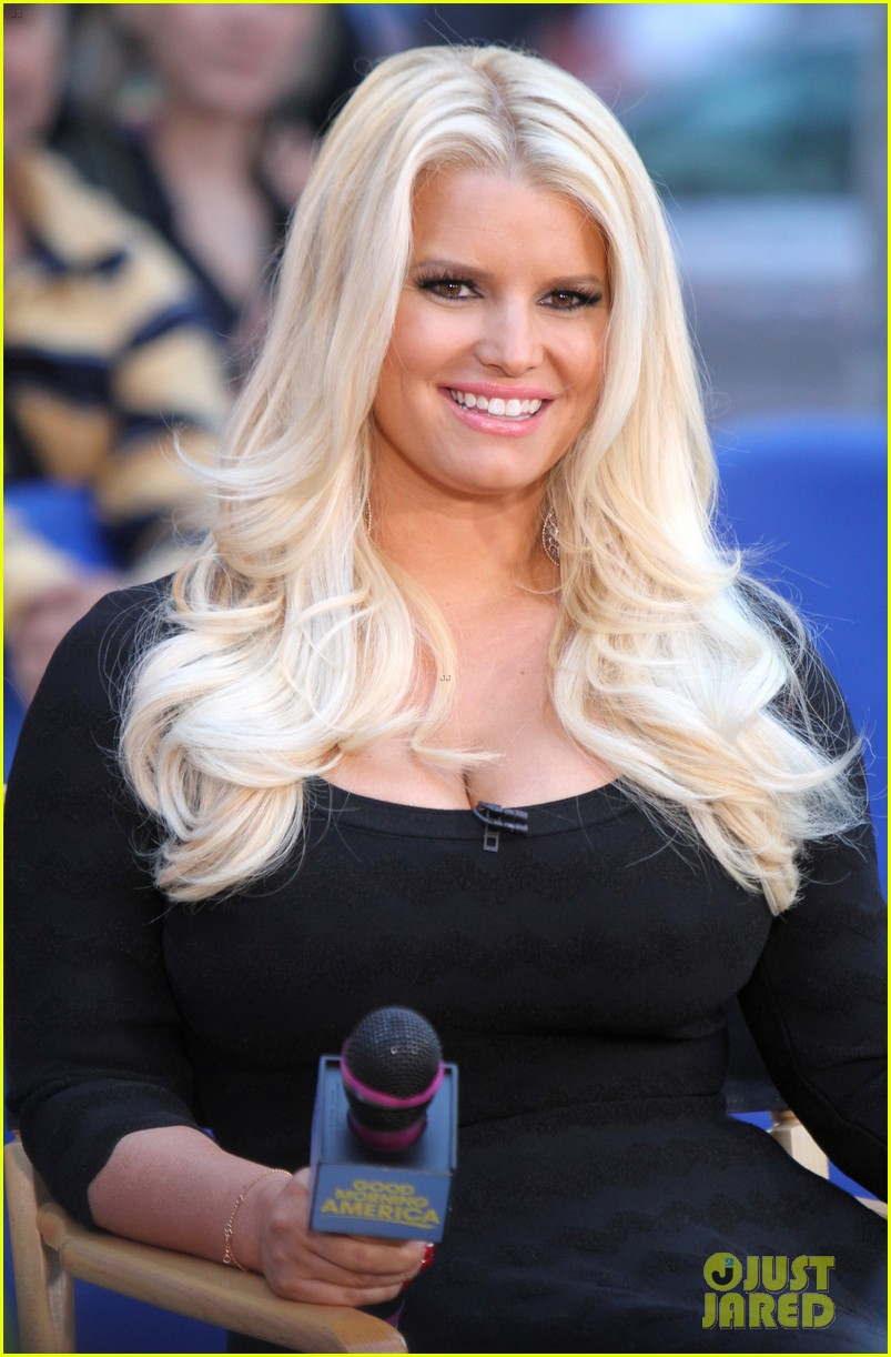 jessica simpson reveals weight watchers deal details 302719506