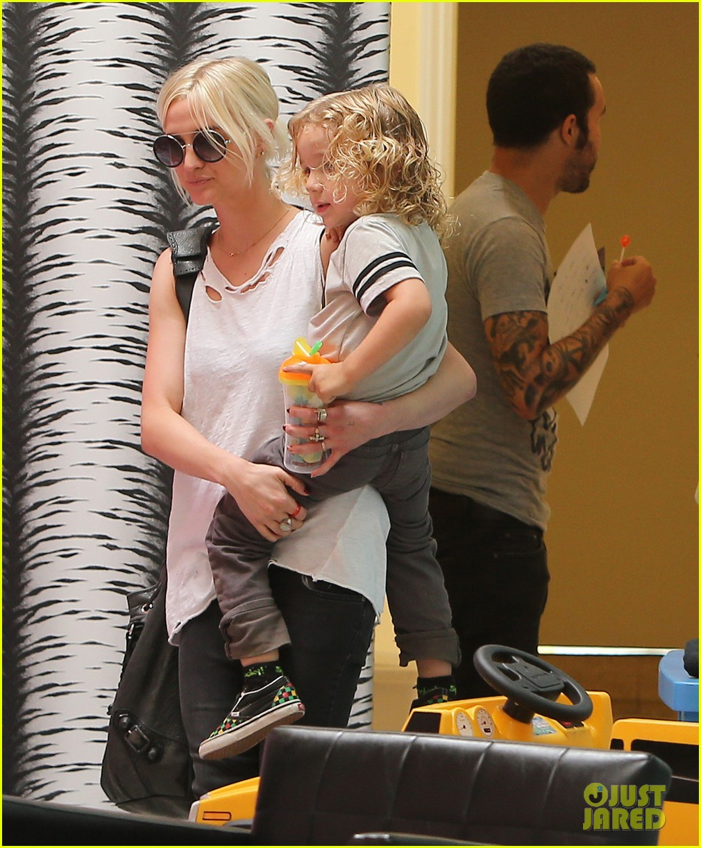 ashlee simpson pete wentz haircut for bronx 022722674