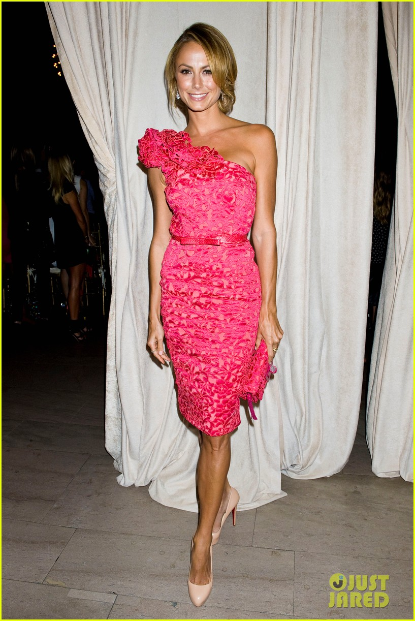 bar refaeli stacy keibler marchesa show at nyfw 21