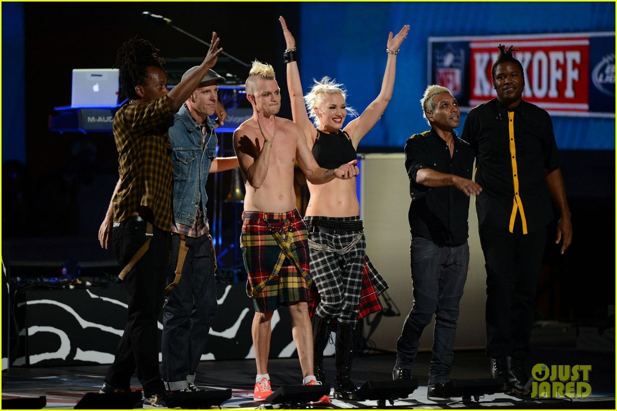 gwen stefani no doubt perform at nfl kick off concert 032714998