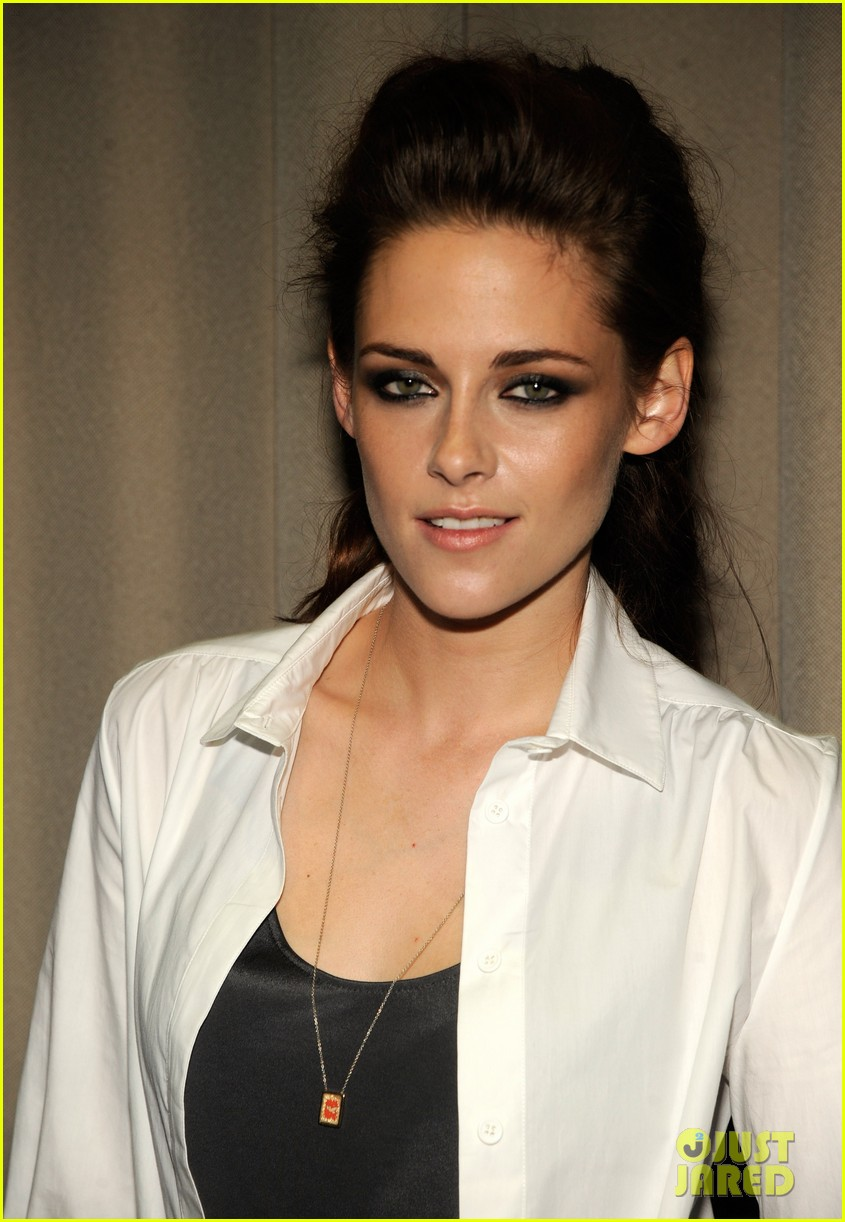 kristen stewart on the road nyc screening 032718895
