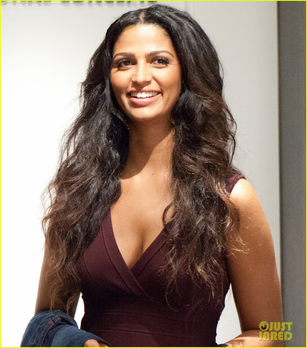 taylor swift camila alves macys fall tv spot stills 052715292