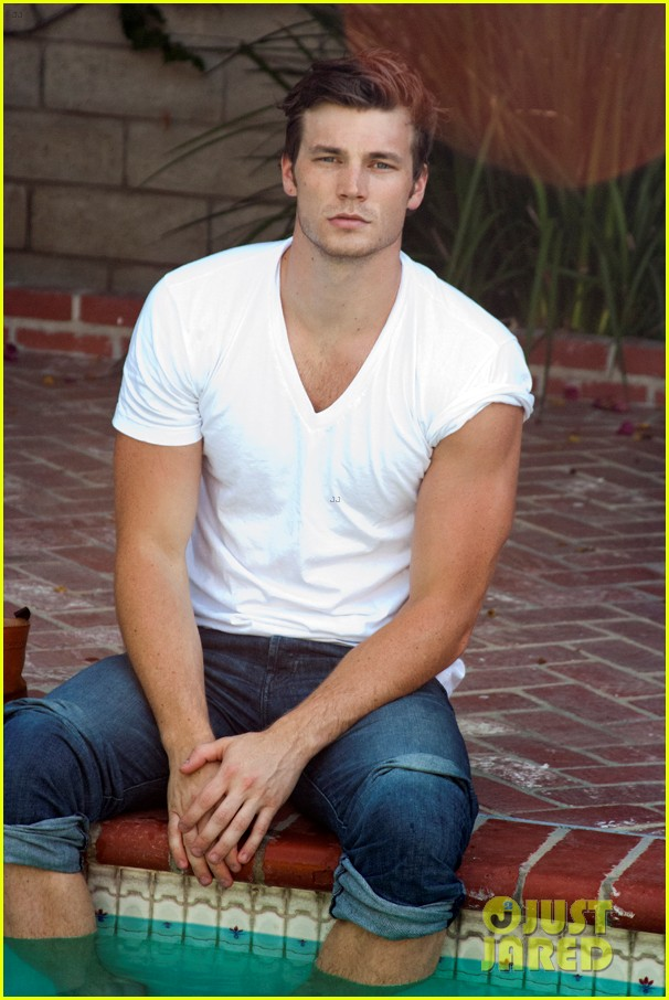 derek theler sexy photo shoot exclusive pics 01