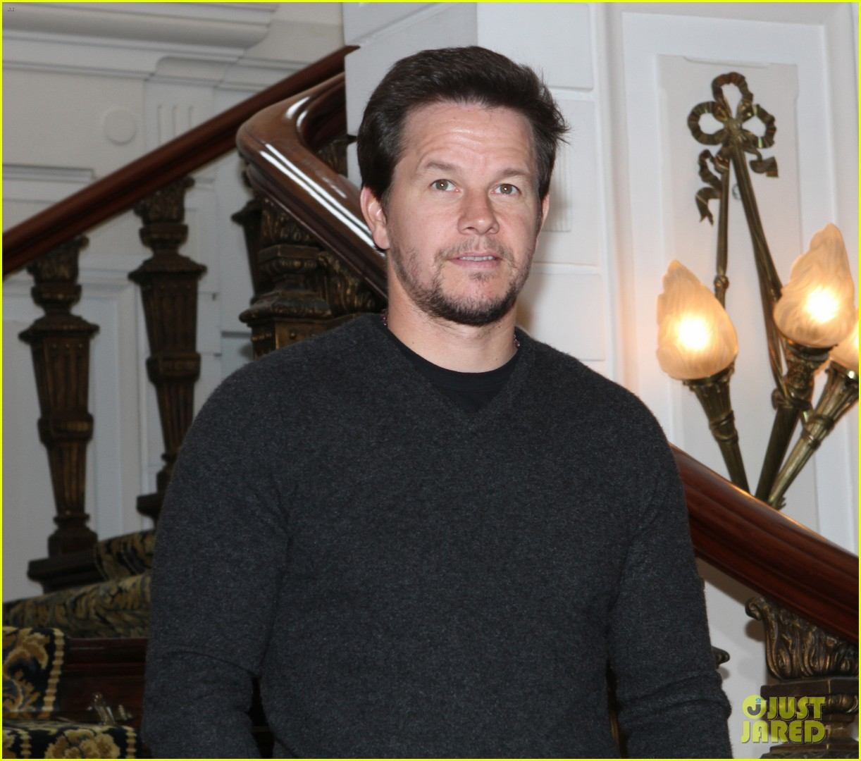 mark wahlberg ted premiere in holland 052720424