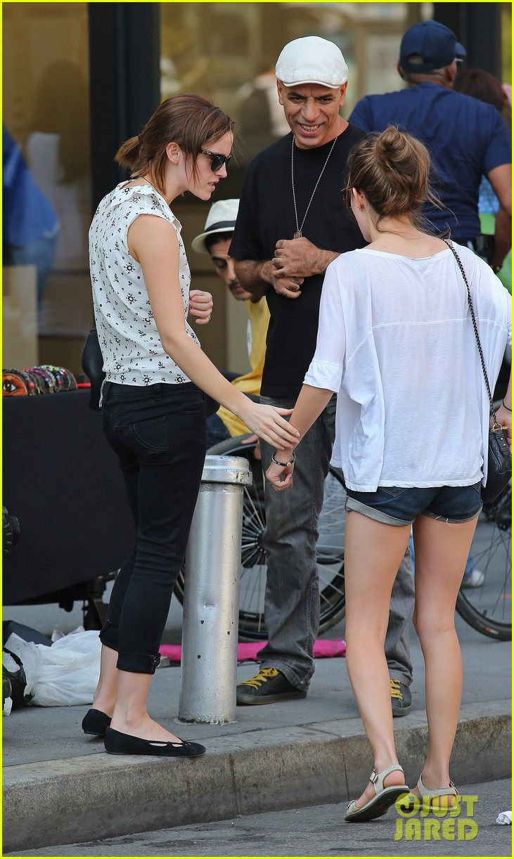 Full Sized Photo of emma watson shopping meatpacking 07 ... Taylor Lautner Instagram
