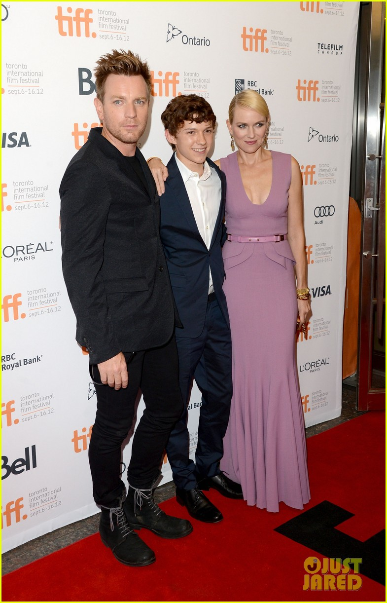 naomi watts impossible tiff premiere with ewan mcgregor 032718219