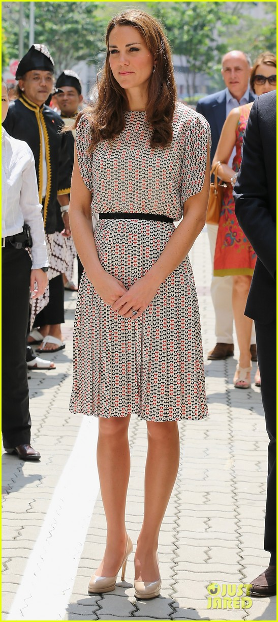 prince william duchess kate visit garden by the bay 112720022