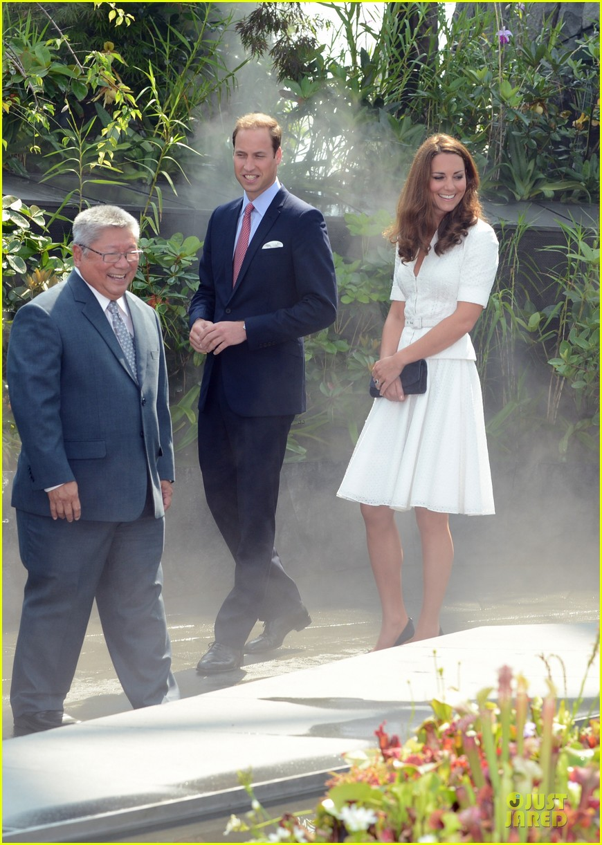 prince william duchess kate visit garden by the bay 24