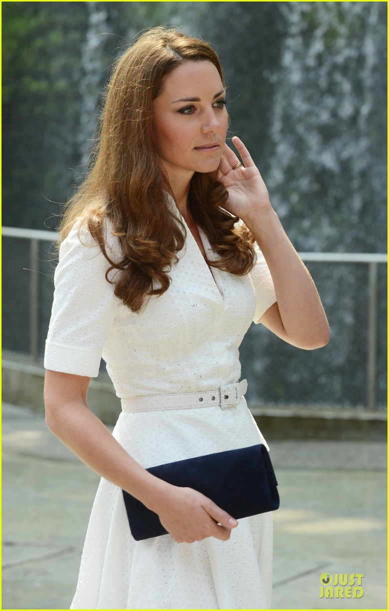 prince william duchess kate visit garden by the bay 282720039