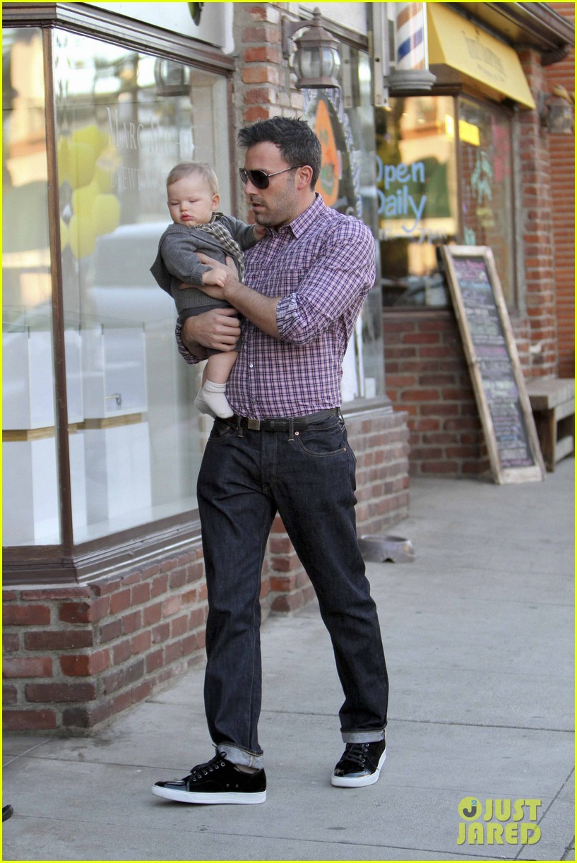 ben affleck jennifer garner family dinner with the kids 18