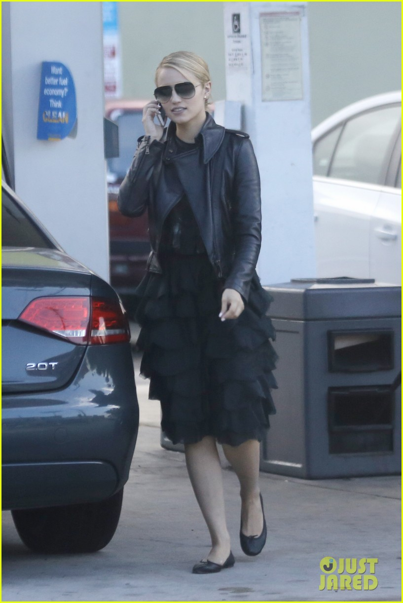dianna agron stylish gas station stop 012738633