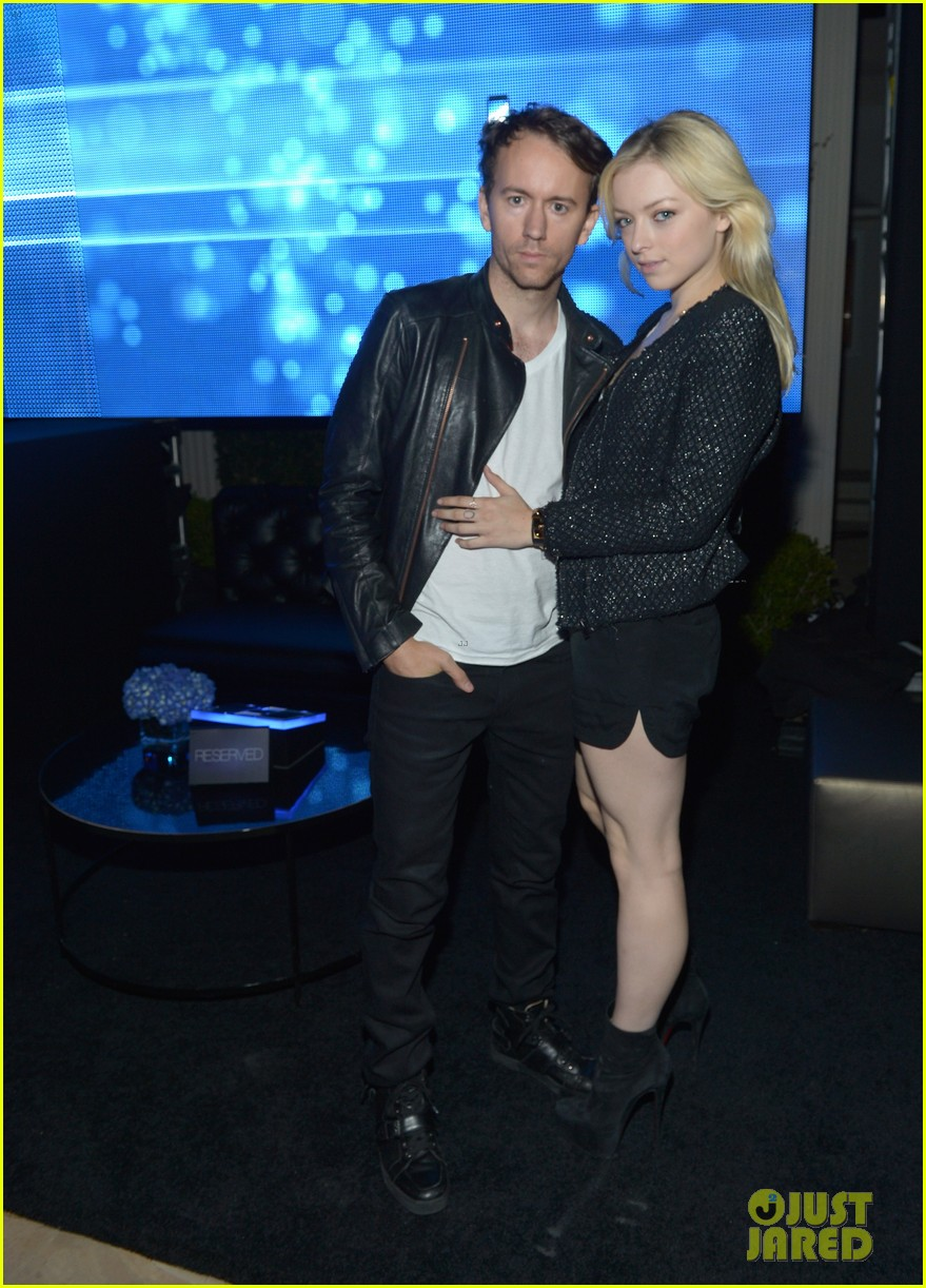 christina aguilera matthew rutler samsung galaxy launch 112745466