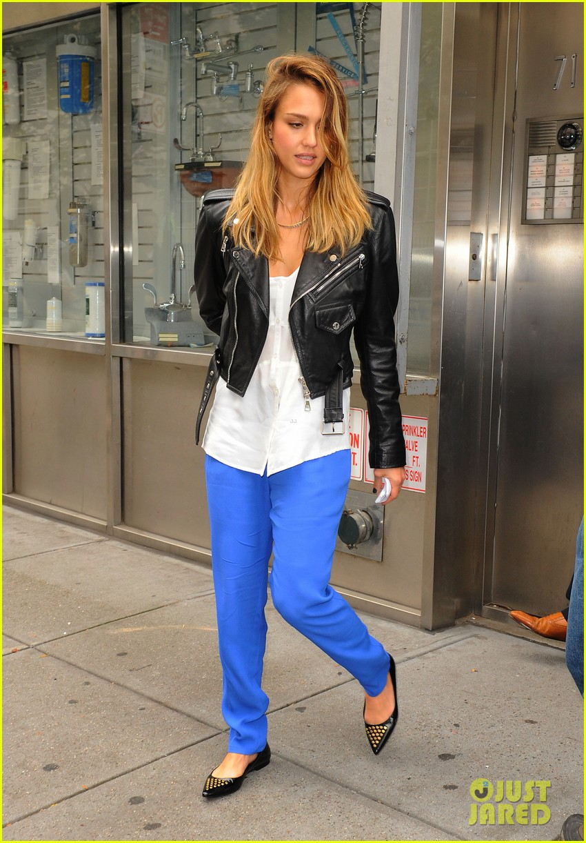 jessica alba big apple outing with haven 052733029
