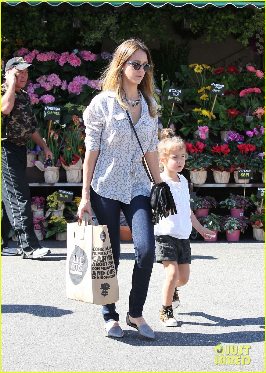 jessica alba honor warren mommy day 01