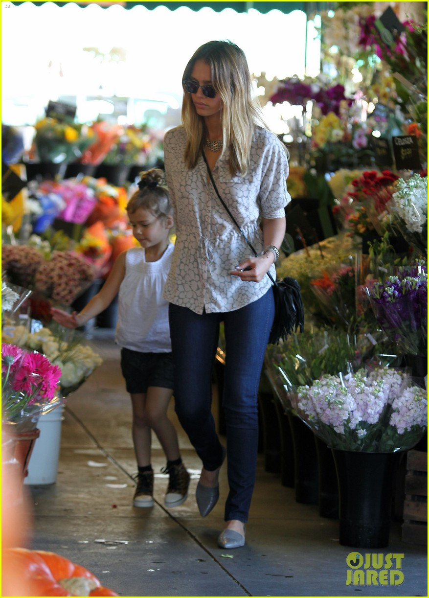 jessica alba honor warren mommy day 052740237