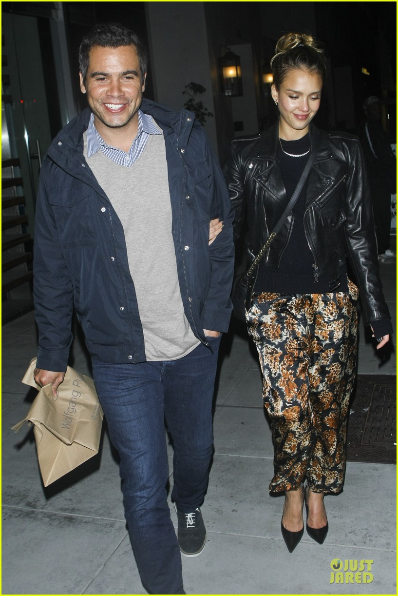 jessica alba spagos dinner date with cash warren 012733933