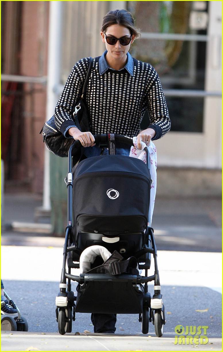lily aldridge caleb followill big apple stroll with dixie 052743776