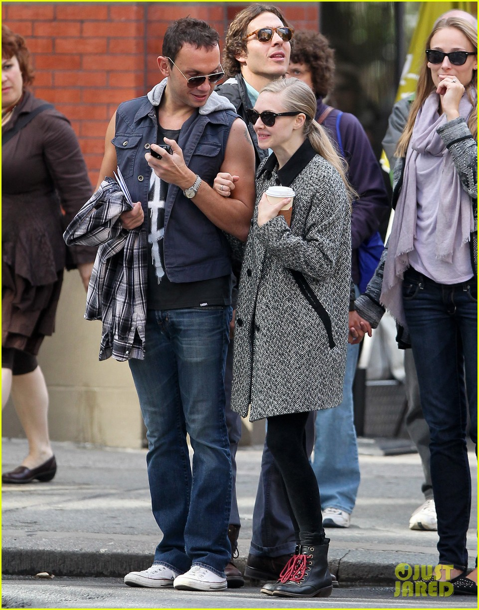 amanda seyfried funny faces in nyc 042740683