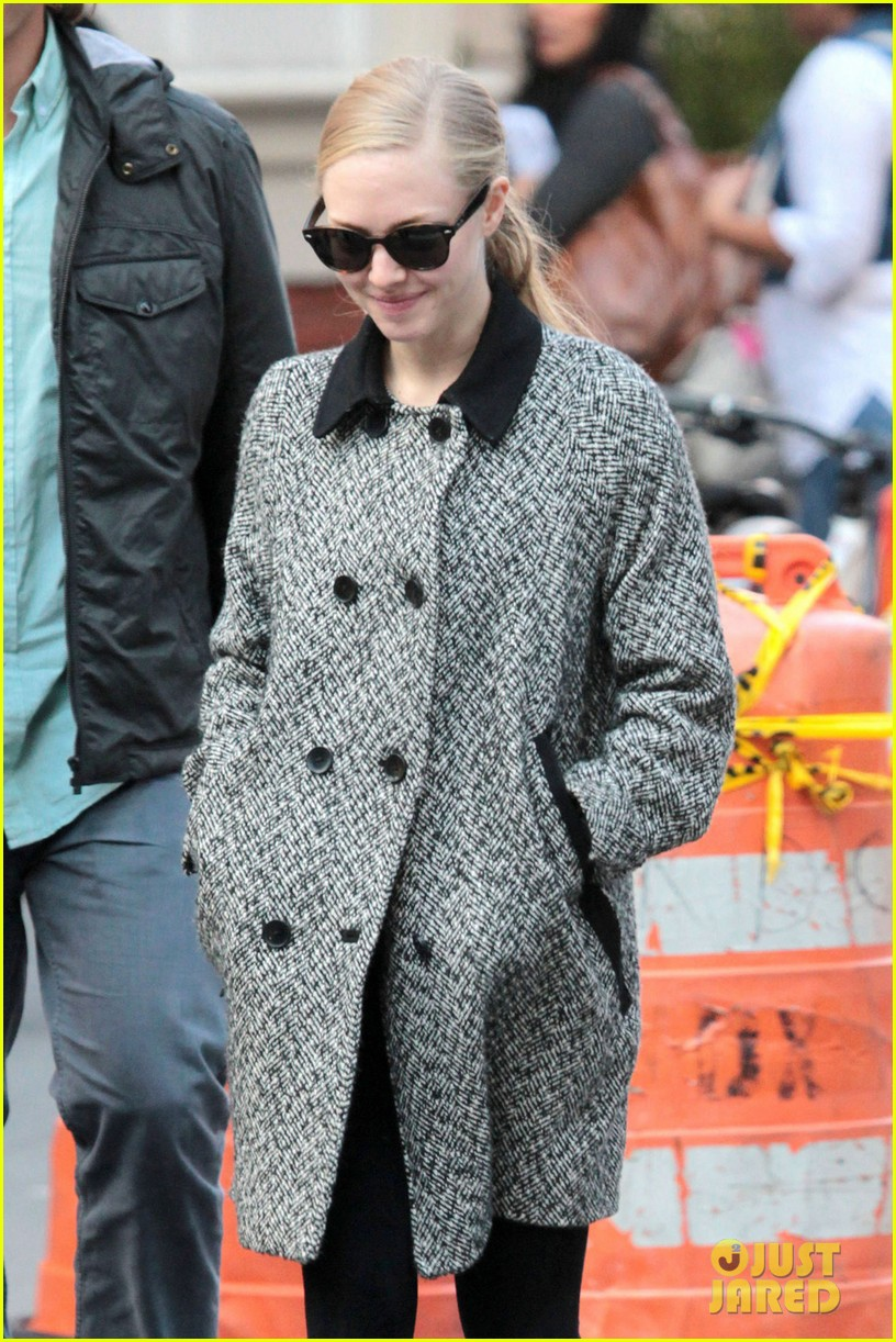amanda seyfried funny faces in nyc 062740685