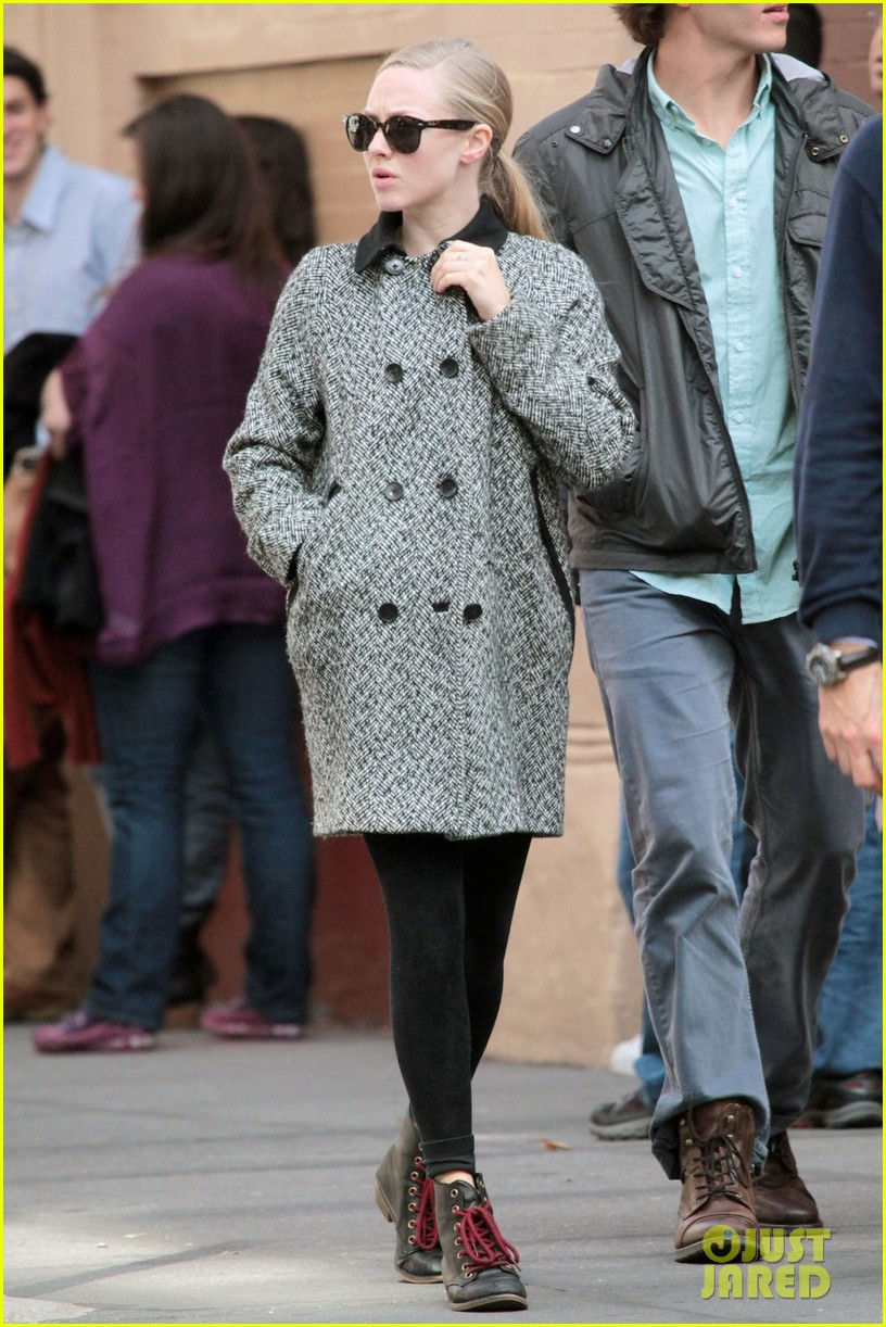 amanda seyfried funny faces in nyc 142740693