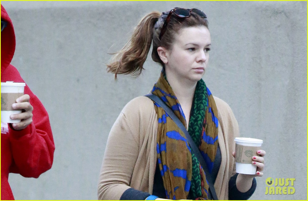 amber tamblyn david cross walk dog 022731577