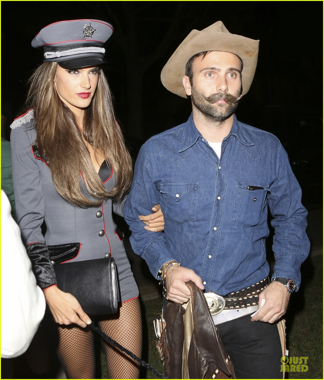 alessandra ambrosio jamie mazur first halloween party together 022746142
