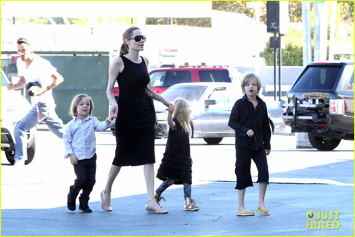 angelina jolie halloween shopping with the kids 072746970
