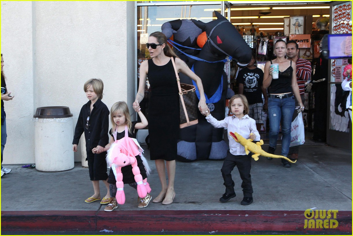 angelina jolie halloween shopping with the kids 272746990