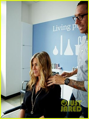 jennifer aniston living proof official pic 01