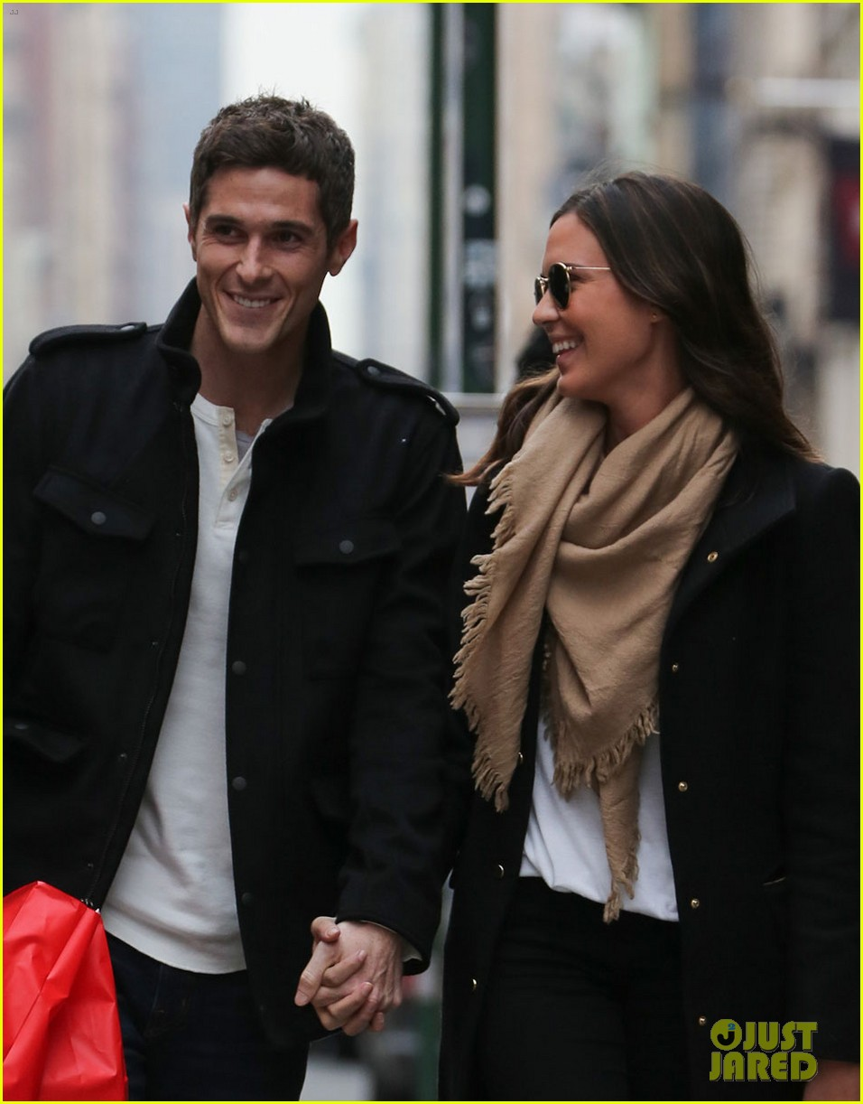 dave annable odette soho shopping spree 042744283