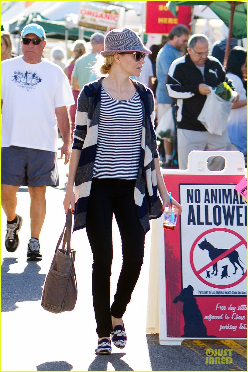 elizabeth banks walk of shame star 032747424