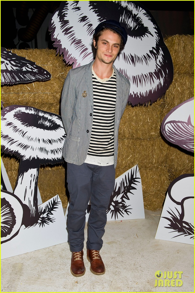 ben barnes just jared halloween party 2012 052747728