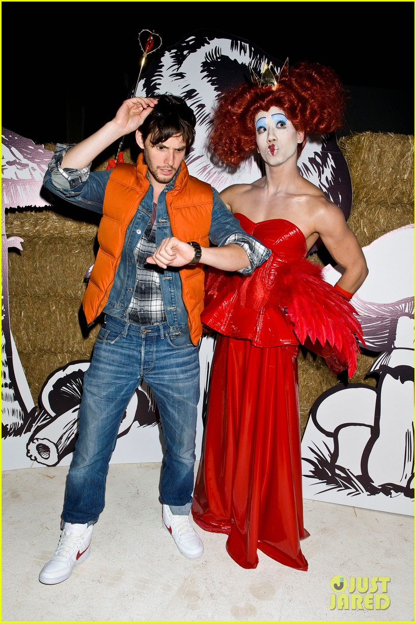 ben barnes just jared halloween party 2012 12
