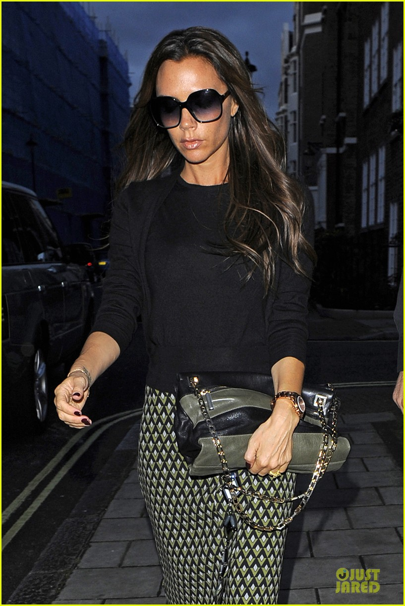 victoria beckham is not pregnant 022738285