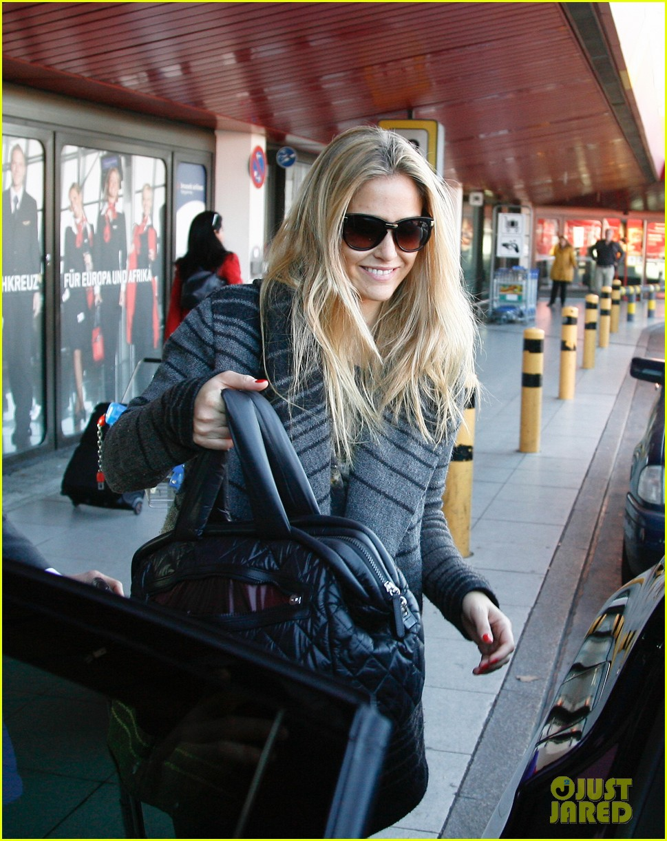 bar refaeli berlin shopping spree 072745753