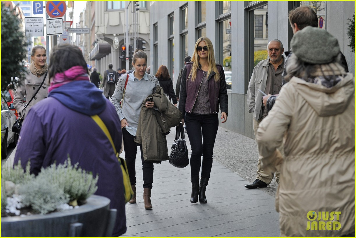 bar refaeli berlin shopping spree 16