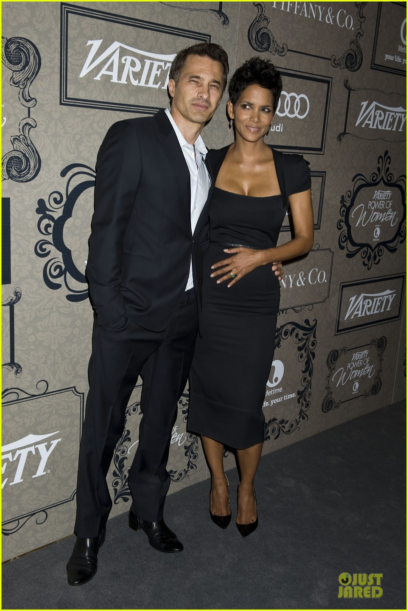 halle berry olivier martinez variety power of women event 02