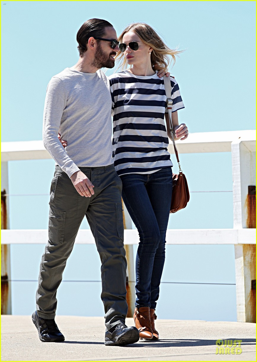 kate bosworth michael polish autralian sight seeing couple 042735730