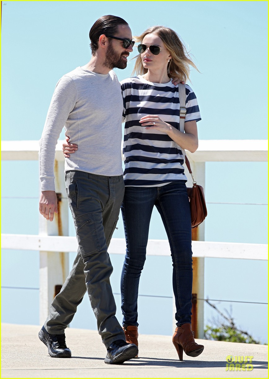 kate bosworth michael polish autralian sight seeing couple 092735735