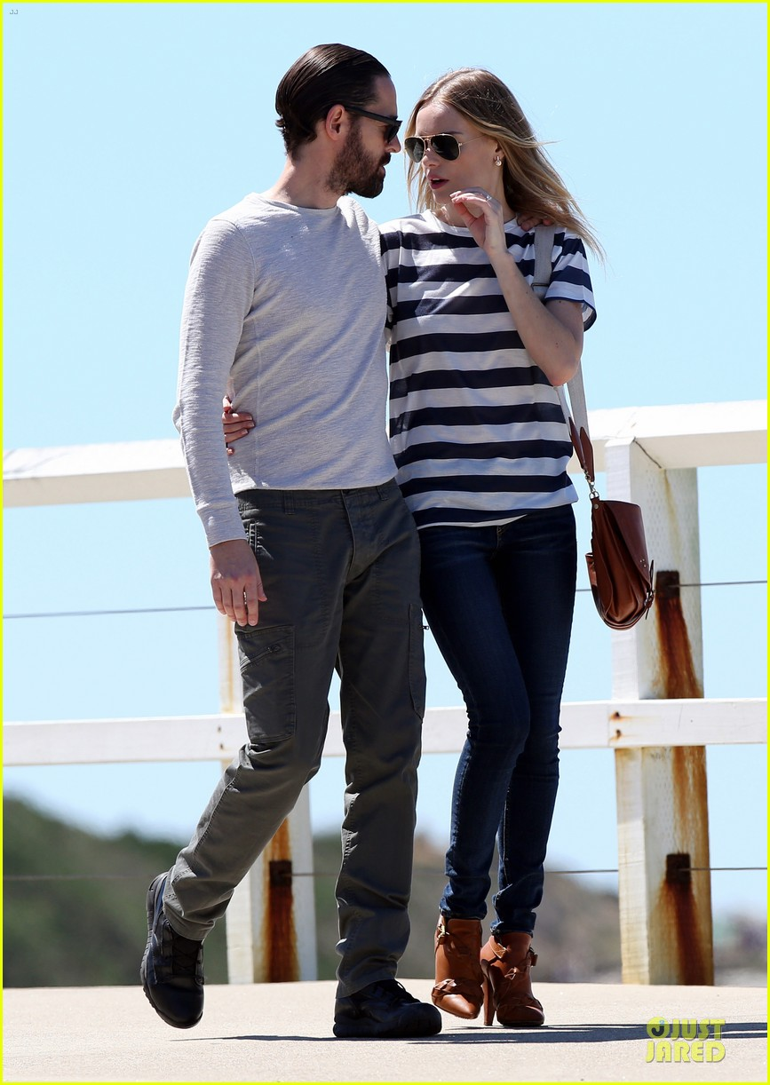 kate bosworth michael polish autralian sight seeing couple 102735736
